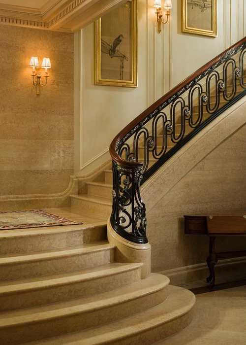 Stair89 El Prince Pmg Group